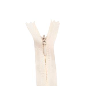 Nahtverdeckter Reißverschluss, cremé