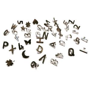 Buchstaben und Zahlen Charms 180 Stück, silber